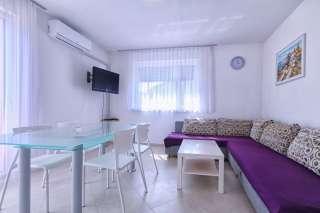 3 zi fewo medulin medulin private ferienwohnung joschi 1. Black Bedroom Furniture Sets. Home Design Ideas