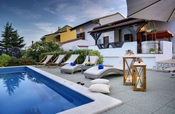 Bildergalerie medulin liznjan 8 zi villa rosa mit pool c2g beleuchtung terrasse - Beleuchtung terrasse ...